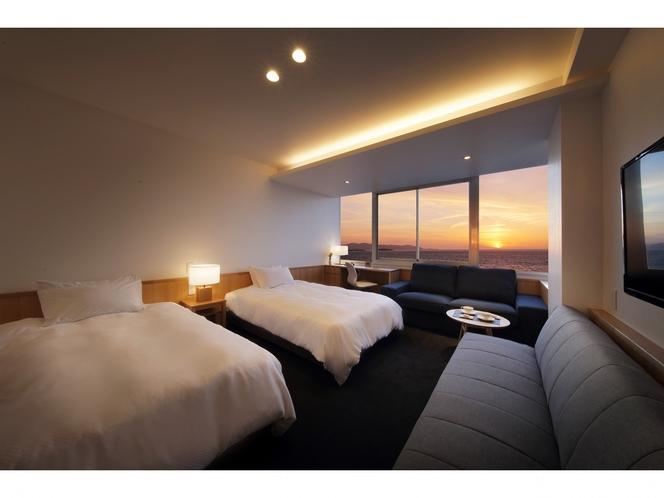 最上階 海と夕日が見える洋室