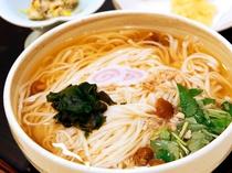 【選べる夕食プラン】稲庭うどん_お出汁に絡む細目のうどんが身体に優しい