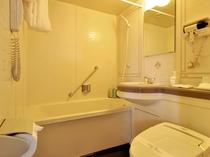 【本館ツイン】温水シャワー洗浄機付便座完備しております。