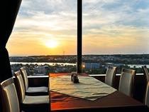 【レストラン 天空】日本海に沈む美しい夕焼け
