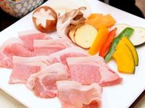 【選べる夕食プラン】八幡平ポーク鉄板焼き_秋田が誇る八幡平ポークをご用意しております