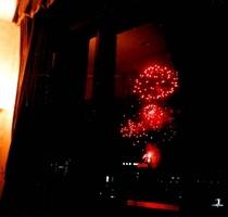 毎年恒例8月7日の花火大会を川側のお部屋から見た風景