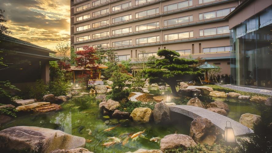 和風旅館の情緒とホテルの機能性を併せ持つ、くつろぎの空間「天領閣」