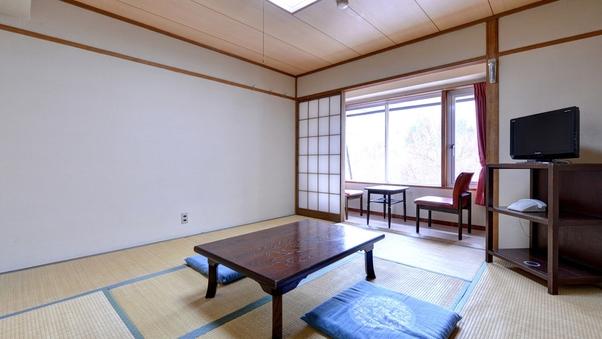 【禁煙】本館和室(8畳)<西側 ガーデンビュー>