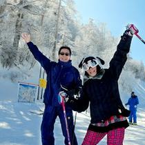 *志賀高原各スキー場へ無料送迎サービスあり♪志賀高原の絶景とスキー&スノボをお楽しみください♪