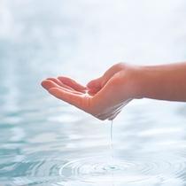 """【源泉かけ流し100%の天然温泉】お肌にやさしい""""美肌の湯""""は、なんとph9.1!!"""