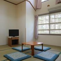 *ローズマリー/7.5畳の和室のお部屋(バスなしトイレ付)。天井が高く明るいお部屋