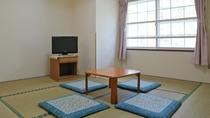 *ローズマリー/7.5畳の和室のお部屋(バスなしトイレ付)。天井が高く明るいお部屋です。