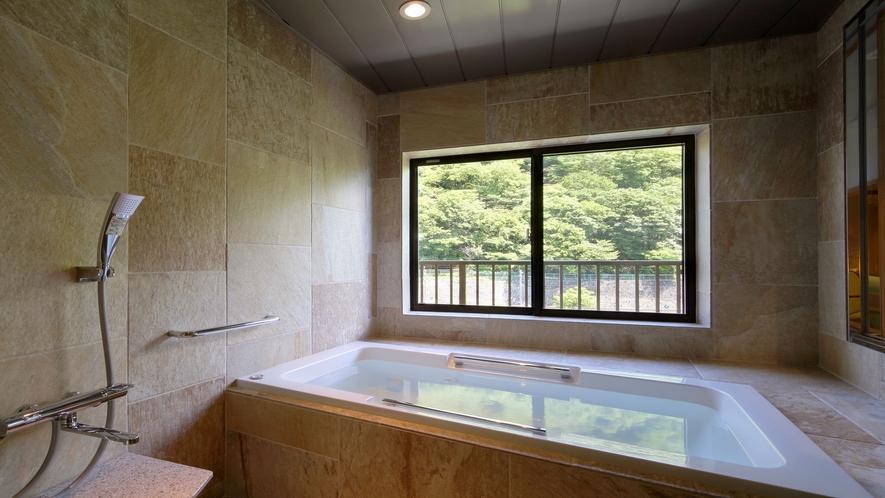 ◆リラックス和洋室☆鬼怒川に面した眺望風呂で温泉をお楽しみいただけます