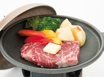 国産ブランド牛のステーキ