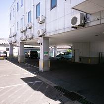 ★無料駐車場★