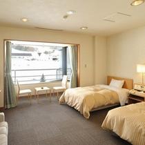 *【最上階洋室ツイン】快適な空間でのんびりお過ごしください。