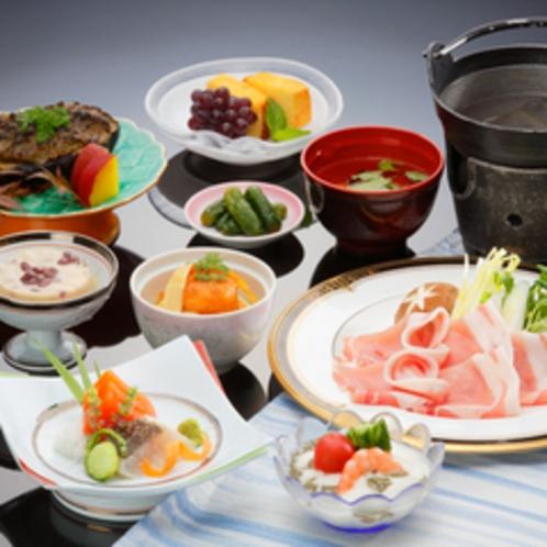 *【夕食(一例)】旬の食材を生かした「和食膳」をご賞味下さい。