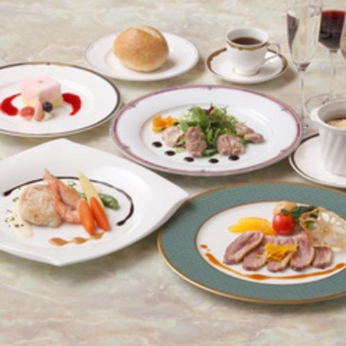 *【料理一例】一品一品盛り付けにもこだわったお食事です。