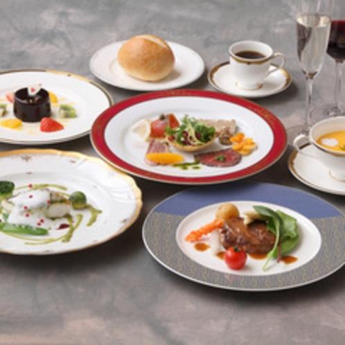 *【料理一例】お客様の目も舌もお楽しみいただけるお食事の数々。