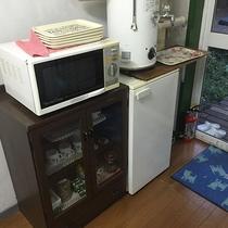 *[レギュラールーム]冷蔵庫・お茶セットは共同となります。