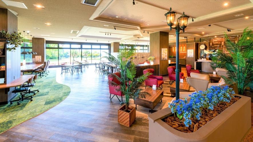 当館1階CafeROYALBlustarでは当館オリジナルメニューをご提供しております。