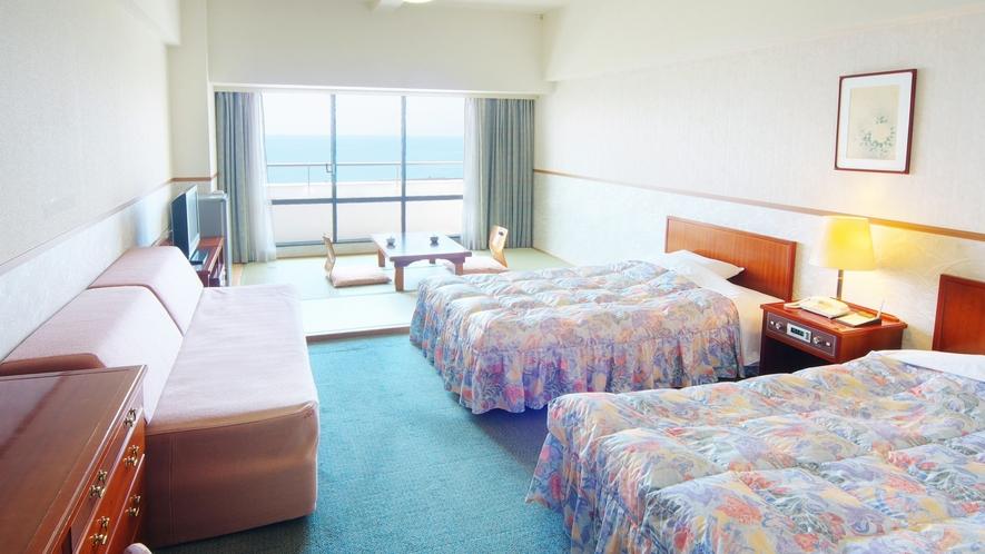 ファミリールームは広さ36平米と最大4名様までご宿泊いただけます。三世代旅行やご家族旅行にオススメ♪