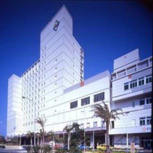 ホテル外観1