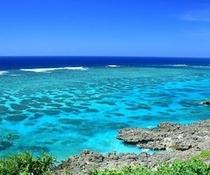 どこまでも青い海♪