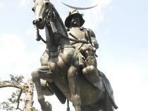 奥州、杜の都の覇者、伊達政宗騎馬像~☆