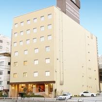 JR新大阪駅東口の北側階段より徒歩2分!