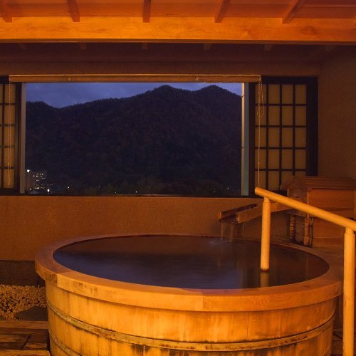 6階貸切風呂「観山乃湯」