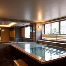 【街側の温泉&寝湯付客室「松風」(120平米)】