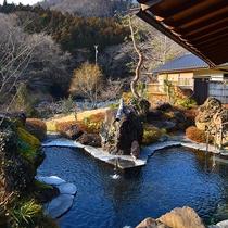 *【露天風呂】大自然の景観と川のせせらぎに癒されます。