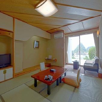【オーシャン&三四郎島ビュー】10畳<4階以上ベランダ付>