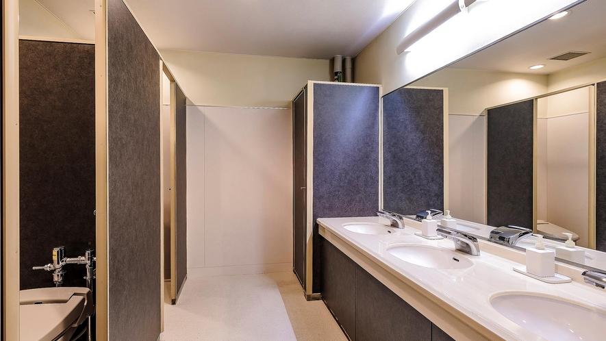 ・シャワー・トイレは共用になります