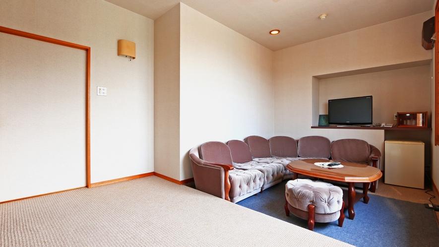 《特別和洋室》特別な日に当宿おススメの客室です。