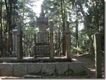 賤ヶ岳 中川清秀公の墓