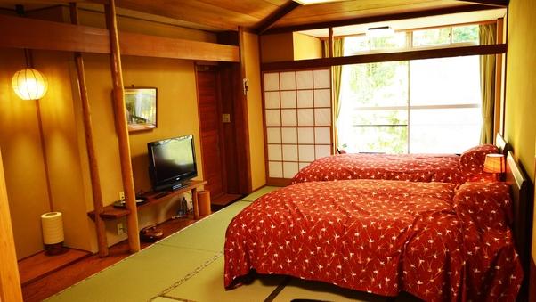 【禁煙】旧タイプ和室13畳+ツインベッド