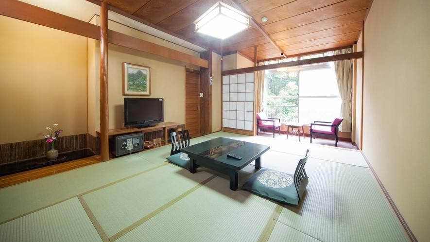 旧タイプ和室 歴史を重ねた昭和の雰囲気。