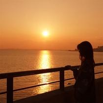 美しい夕日にうっとり♪ロマンチックですね