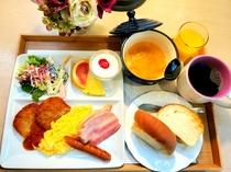 本館・お部屋食朝食一例