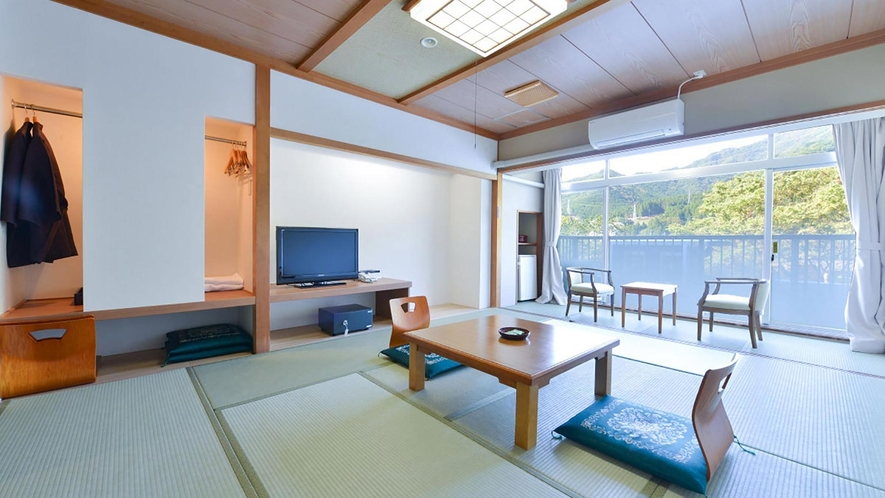 旧館/淡雪/和室/8畳(シャワーブース)