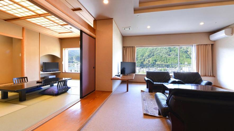 新館/百花/最上階特別室/和室12畳+ツイン+リビング