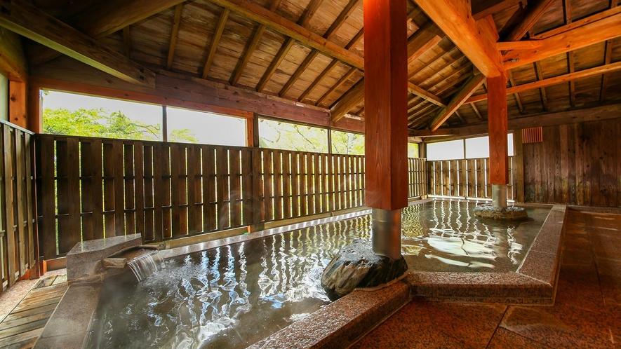 御所の湯(貸切大浴場)/ご家族や友人グループでゆっくり過ごせる貸切風呂。20名程度の収容可能