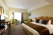 <ダブルルーム>  ベッド幅180cm お部屋の広さ29.5㎡
