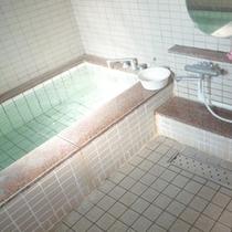 【女性用浴場】手足を伸ばしてゆっくりとお寛ぎください