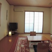 和室8畳【3階角部屋】:ラウンジの向かいの角部屋になります。