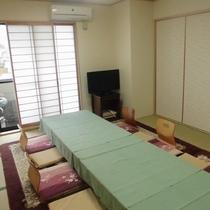 【和室20畳】ふすまで仕切った場合の10畳のお部屋