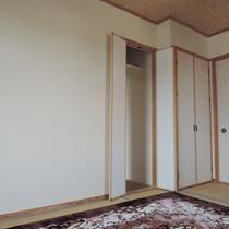 和室7畳+10畳【二間】:収納もばっちりです。
