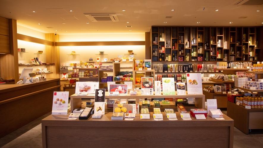 ショップ 山陰のお土産や、オリジナル商品など、豊富にそろえております♪