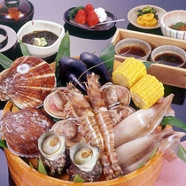 夕食は地元めし!宿直営の郷土料理店へ!てっぱり網焼き車海老コース