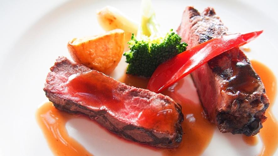 豪華ディナーイメージ(道産牛) ~ 31F Sky Restaurant Hareus