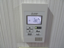 エアコン 室温調整パネル