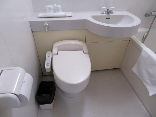 ユニットバス(温水洗浄器付きトイレ完備)